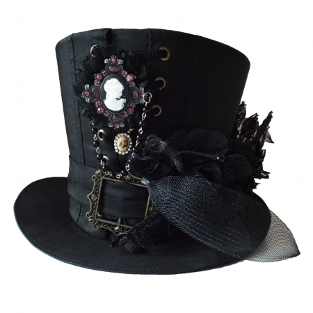 Black top hat cameo